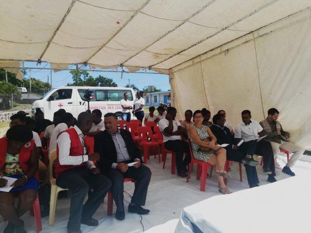 Public nombreux inauguration Rodrigues